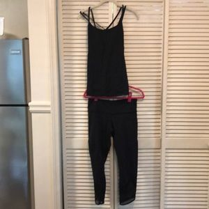 Lululemon tank and tights